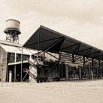 """2018-06-11 - """"Jahrhunderthalle Bochum (7-320342) B+W"""" - Mit dem Rad unterwegs in der Metropole Ruhr - Copyright by Franz Walter"""