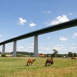 "2019-04-01 - ""Mintarder Brücke am RuhrtalRadweg (7-32705)"" -  RADREVIER.RUHR - Copyright by Franz Walter"