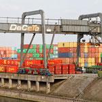 """""""Containerhafen Duisburg (7-23512)"""" - Copyright by Franz Walter"""