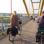 """2019-03-16 - """"RuhrtalRadweg in Duisburg (16-35632)"""" -  RADREVIER.RUHR - Copyright by Franz Walter"""