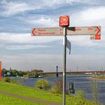 """2019-04-22 - """"Am RuhrtalRadweg in Duisburg (7-55072)"""" -  RADREVIER.RUHR - Copyright by Franz Walter"""
