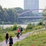 """2018-06-21 - """"Rhein-Herne-Kanal Oberhausen (7-46792)"""" - Mit dem Rad unterwegs in der Metropole Ruhr - Copyright by Franz Walter"""