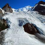Blümlisalpgipfel und -gletscher vom Weg zur Blümlisalphütte