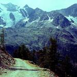 Blick zum Maellig oberhalb der Hannigalp und auf den Hohbalmgletscher