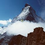 Das dunkle Hirli vor dem Matterhorn