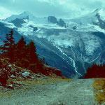 Vor dem Triftgraetji - Feegletscher mit Egginer Allalinhorn und Alphubel