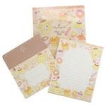 ポムポムプリン A5ファイル付きレターセット  便箋10枚と封筒5枚が専用ケースに入っています。サイズ:約160×220mm 税込¥550