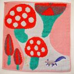 ワンポイント刺繍がアクセント。ガーゼパイルハンカチです。 25cm×25cm ¥800+税