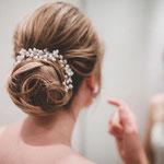 Braut styling #Braut Make-up # Braut Frisur #Mobile Visagistin #Braut Haarschmuck