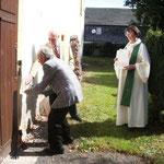 Kirchgemeinde Oppurg: Anbringung der Plakette