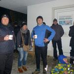 Warten auf die Siegerehrung (vlnr: Ralf, Elvira, Günter, Jochen, Gundi)