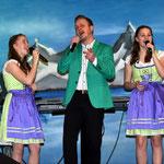 16.02.2016 Buntes Programm (Sittichenbach - mit Selina und Loreen)