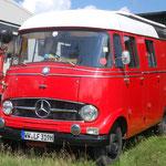 Weckt Kindheitserinnerungen: Der Mercedes 319