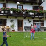 Spielwiesen im Bauernhof Pechlerhof
