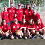 Partille-Cup 2003: Team Mexe&Roger: Nadja, Tamara, Sonja, Meli, Nathalie, Noëmie, ?, Andrea, Rahel