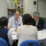 [左]音楽総合学科長:原沢康明先生(音楽療法コース)、[右]郡司正樹先生(音楽療法コース)
