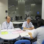 左:音楽総合学科長・原沢康明先生、右:郡司正樹先生(以上、音楽療法コース)