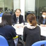 原沢康明先生(音楽療法コース)、村井満恵先生(音楽療法コース)