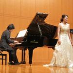 宮部小牧先生(ソプラノ)、鳥井俊之先生(ピアノ)によるモーツァルトの歌唱