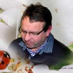 Andrea Weinke - Lau Fotobearbeitung - Teambesprechung auf der Streuobst-und Erholungswiese