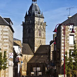 Rue charles DEGAULE et l'église mai 2012