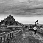 Travaux pour le rétablissement du caractère maritime du Mont saint Michel