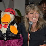 Tina Rauch und Egon, the singing duck