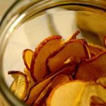 Apfelchips: gesund und lecker - typisch vegan!