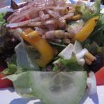 ein erfrischend knackiger Salat