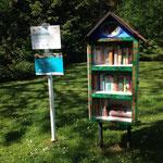 Auch mitten im Wald gab´s einen offenen Bücherschrank!