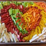 Gemüseplatte mit Dipp pro 100 gr. sFr. 1.90