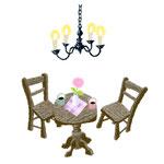 椅子とテーブルとキャンドル