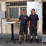 Mathias R. mit FI Michael Scharf nach seinem First Solo