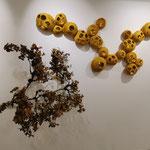 """Décoration murale nomade """"Lueurs d'Entrelacs"""" en laine mérinos avec une guirlande LED. Pièce unique"""