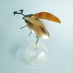 「機械昆虫」 キム・ギソン 東京朝鮮中高級学校