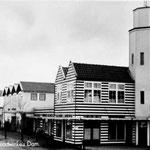 Houten noodwinkels op de Dam in Middelburg ©Geschiedenis Zeeland