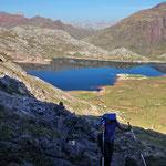 Le lac d'Estaens vu du raccourci des sarrios qui va au cirque d'Olibon