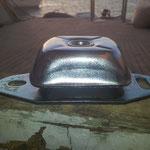 ... um diese Platten zu installieren welche als Lärmschall der Generatoren dienen.