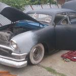 Leicht modifizierter 1950er Ford