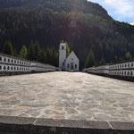 Kriegerfriedhof bei Laste