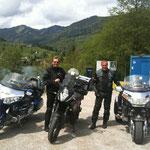 KTM 1190 Adventure mit Begleitschutz :-)