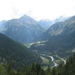 Blick vom Malojapass Richtung Südwesten ins Tal