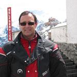 Am Stilfser Joch (2.757m). Für heute der höchste Punkt der Tagestour.