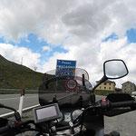 Auf der Passhöhe des Foscagnopasses.