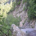 Kurven und Felsen