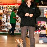Im Hundesupermarkt