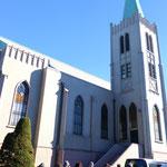 カトリック山手教会はミサの最中
