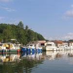 Dun sur Meuse et ses bateaux