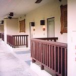 沖縄・カヌチャベイH・客室入口