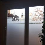 Sichtschutz an den Scheiben des Fitness- und Wellnessbereiches eines Berliner Hotels
